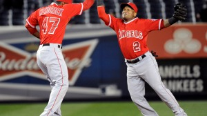 Los Angeles Angels' Erick Aybar, right, and Howie Kendrick